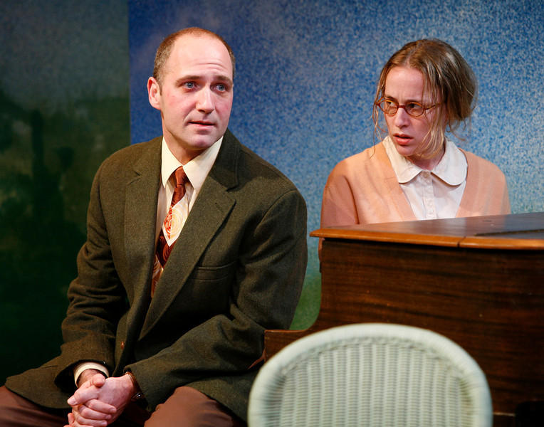 Timothy Deenihan and Jennifer Blood in SUSAN AND GOD by Rachel Crothers <br /> Photo: Richard Termine