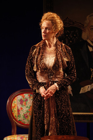 Kristin Griffith in MARY BROOME by Allan Monkhouse Photo: Carol Rosegg Photography