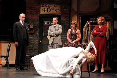 John Windsor-Cunnigham, Kevin O'Donnell, Anna Chlumsky, Catherine Curtin and Kristen Johnston (in front) in SO HELP ME GOD! by Maurine Dallas Watkins  Photo: Richard Termine