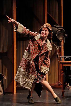 Anna Chlumsky in SO HELP ME GOD! by Maurine Dallas Watkins  Photo: Richard Termine