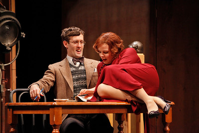 Ned Noyes and Catherine Curtin in SO HELP ME GOD! by Maurine Dallas Watkins  Photo: Richard Termine