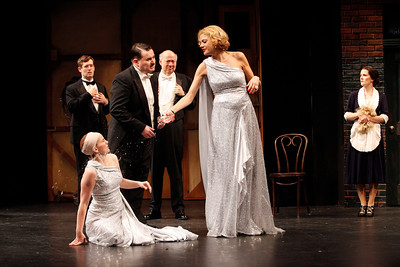 Ned Noyes, Anna Chlumsky (on floor), Allen Lewis Rickman, Peter Van Wagner, Kristen Johnston and Amy Fitts in SO HELP ME GOD! by Maurine Dallas Watkins  Photo: Richard Termine