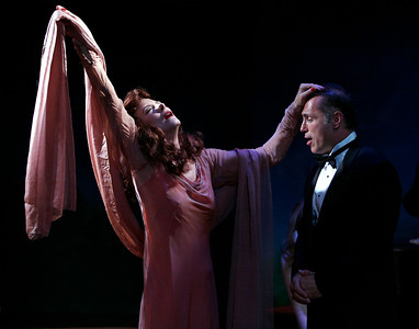 Leslie Hendrix and Al Sapienza in SUSAN AND GOD by Rachel Crothers  Photo: Richard Termine