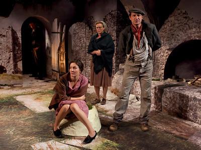 Aidan Redmond (in doorway), Rosie Benton, Bairbre Dowling and Con Horgan in TEMPORAL POWERS by Teresa Deevy Photo: Richard Termine