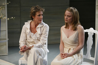 Kate Levy and Margot White in THE RETURN OF THE PRODIGAL by St. John Hankin  Photo: Richard Termine