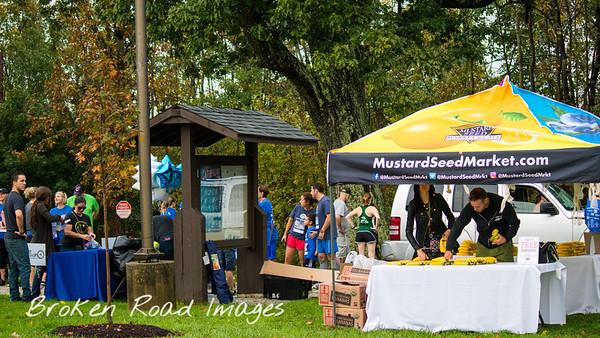 KASTAR MustardSeedMarket.com f@MustardSeedMrkt @Mustard SeedMrkt O @MustardSeedMrkt FREE Banana ANAR ANANAS BANANAS