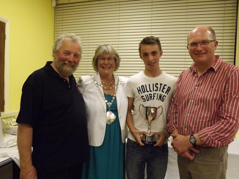 23  Junior Trophy