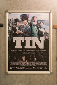 01-Tin-cast-crew-screening