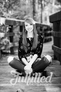 Miranda Brannum Fall Senior Session (9)