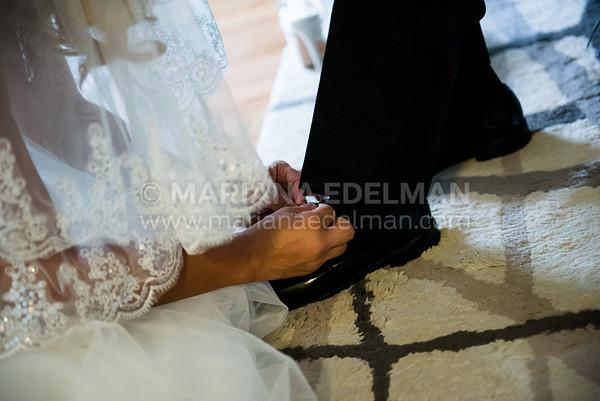 Mariana_Edelman_Photography_Cleveland_Wedding_Smilovich_0013