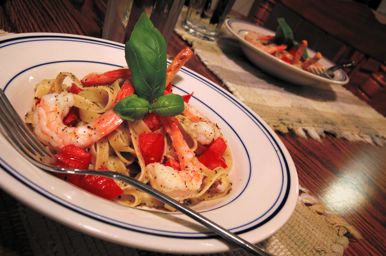 Shrimp and Pesto Pasta