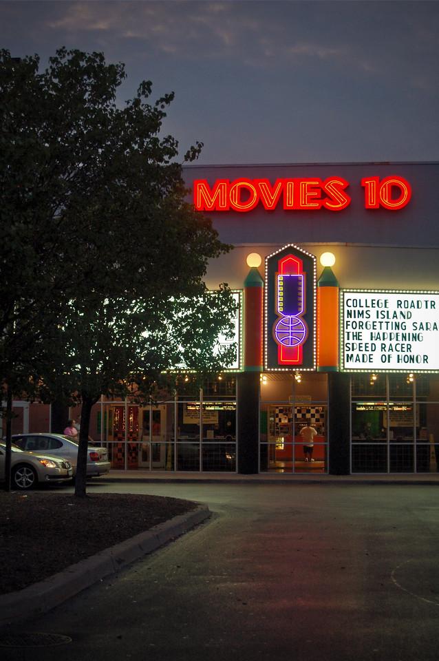 Movies 10 at Sunset