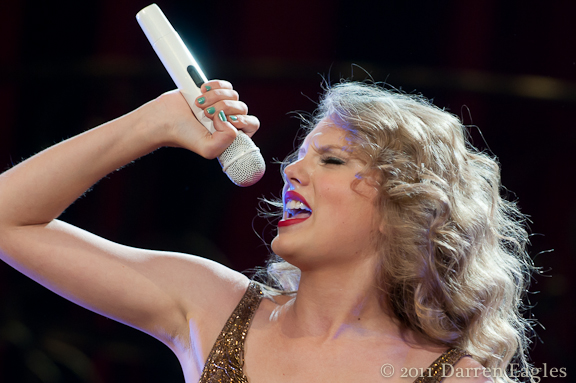 2011 July 15 - Air Canada Centre - Toronto - Country/Pop superstar, Taylor Swift, brought her full-on performance to the Air Canada Centre in Toronto for the first of two shows this past Friday night.<br /> Photo Credit: Darren Eagles