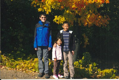 Zack 12, Charlie 10 and Zoe 4,  Oct 2008, Apple Orchard