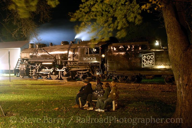 Photo 1028<br /> Soo Line 1003; Brandon, Wisconsin<br /> October 19, 2007