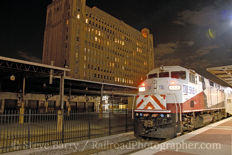 Photo 1157<br /> Trinity Railway Express; T&P Station, Fort Worth, Texas<br /> June 17, 2008