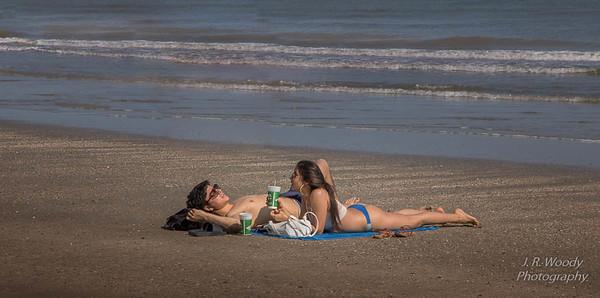 Beach Couple_10122017-2