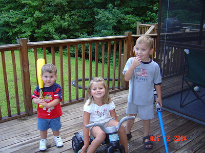 Justin_Natalie_and_Ty_08-12-04