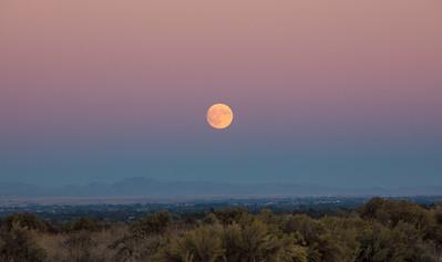 Harvest Moon Rising Over Treasure Valley Boise ID from Deer Flats Wildlife Refuge 9-23-18