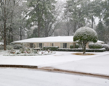 Winter On Normandy Dr