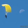"""Mike aims for the moon. <br><span class=""""skyfilename"""" style=""""font-size:14px"""">2018-09-02_skydive_cpi_0747</span>"""