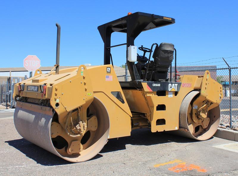 CAT Roller CB564D