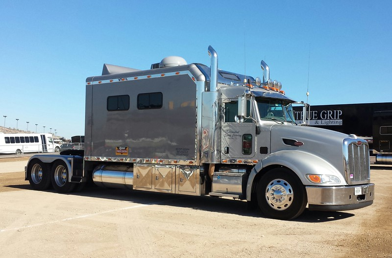 Peterbilt Tractor grey (ps)