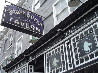 Literary Pub Crawl, Fall '03