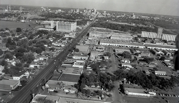 Aerial View: Fort- Worth 1950 7th Street