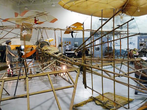 1911 Biplane frame