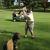 golf01_goetzke_2nd_on_10th_hole_cascades_083003
