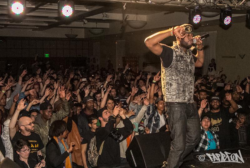 Talib Kwleli at 2014 Trinity International Hip Hop Festival.