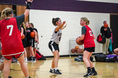 AARON BECKMAN/NEBRASKA STOCK PHOTOGRAPHY  2018-11-05 Brooklynn 3 on 3 YMCA BB