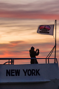 Photographing New York City. http://amzn.to/dfgnyc