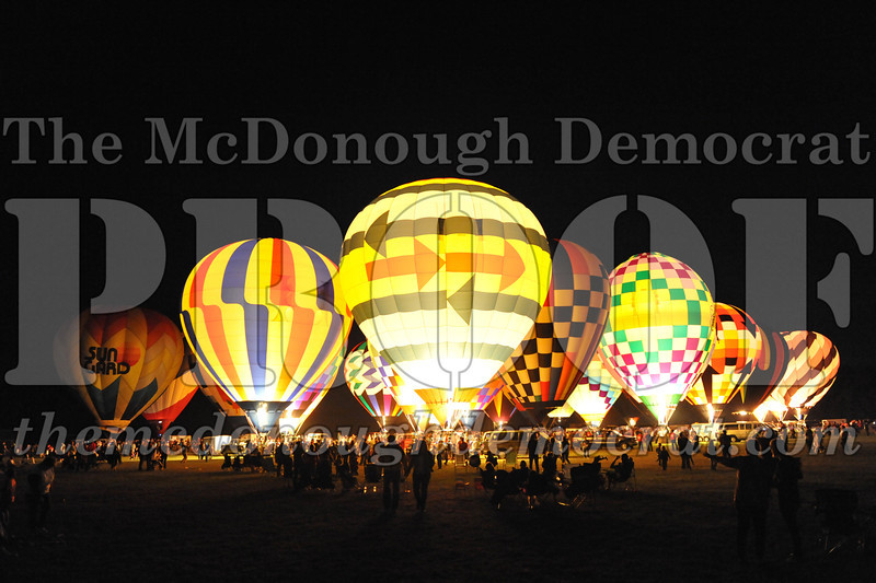 Balloon Glow 09-10-11 041