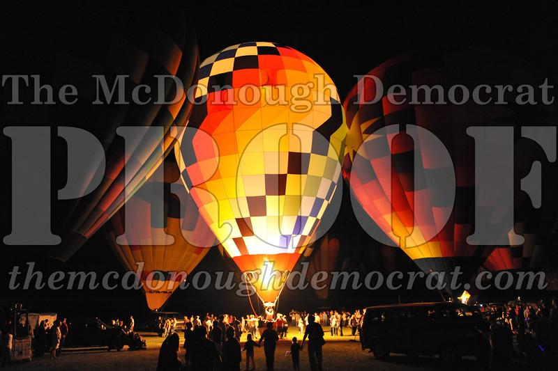 Balloon Glow 09-10-11 057