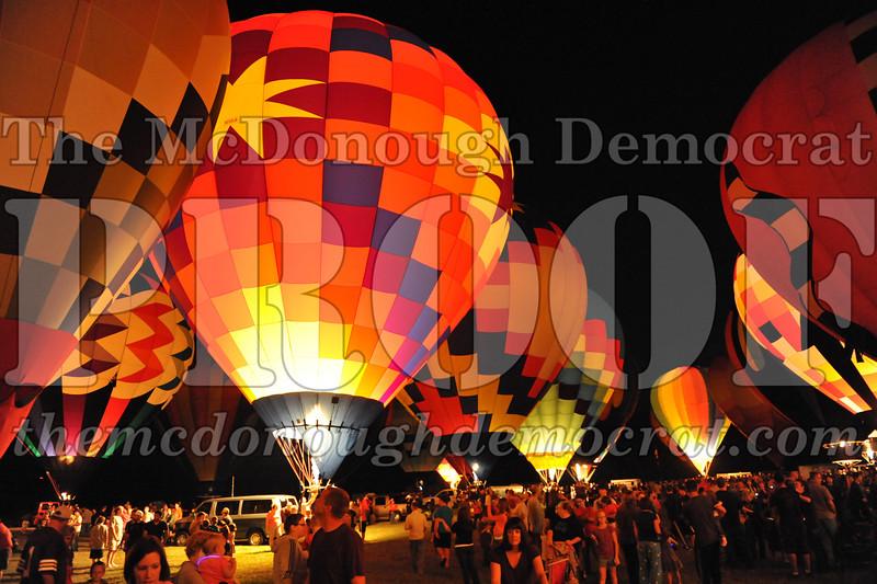 Balloon Glow 09-10-11 080