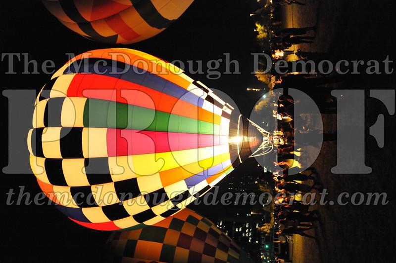 Balloon Glow 09-10-11 075