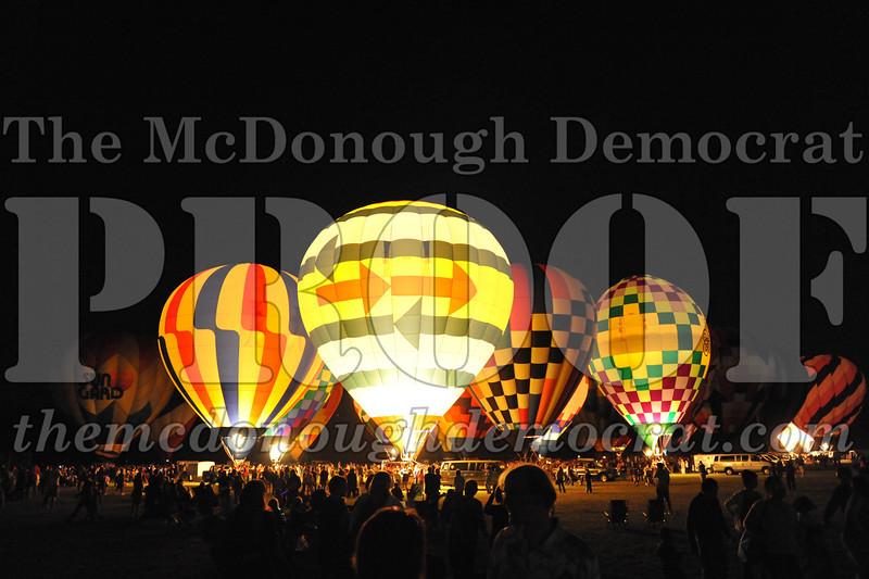 Balloon Glow 09-10-11 033
