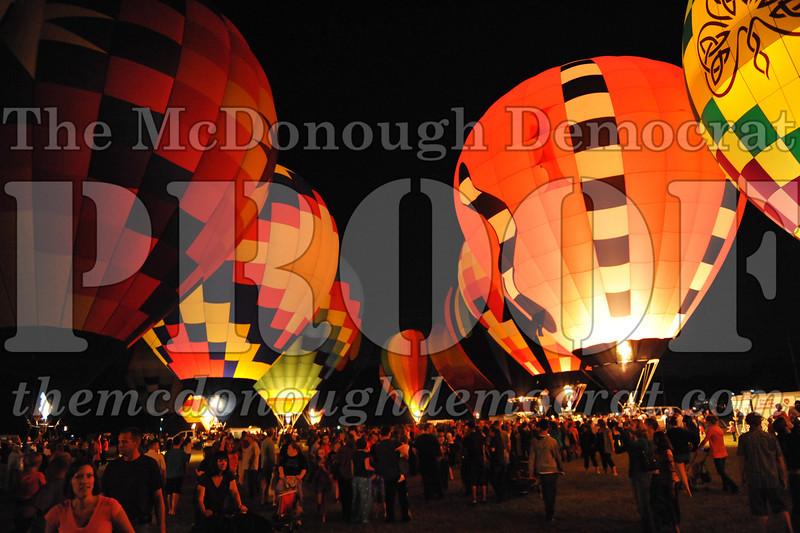 Balloon Glow 09-10-11 078