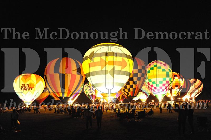 Balloon Glow 09-10-11 042
