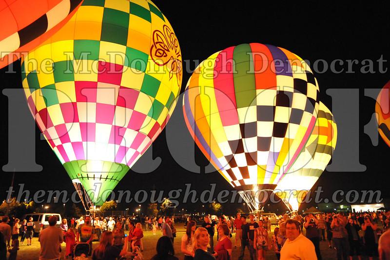 Balloon Glow 09-10-11 100