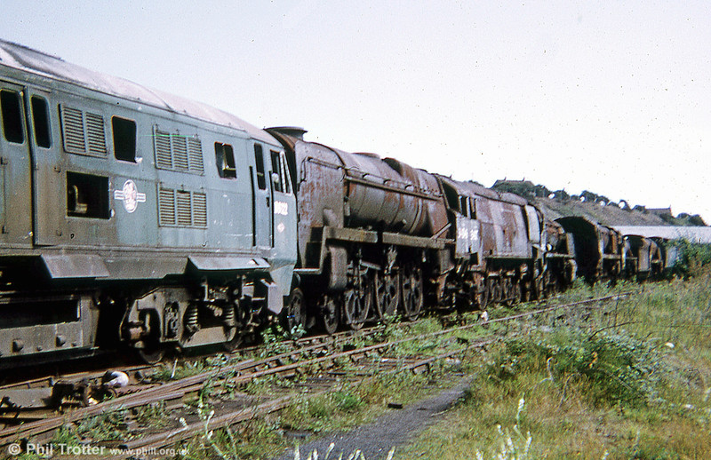 1973 line-up. The diesel (D6122) didn't survive, being cut up in June 1980. The steam locos are still with us.