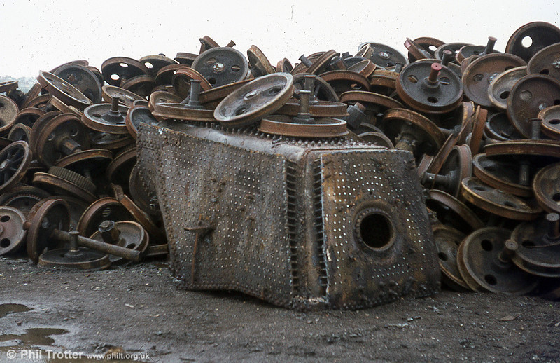 The firebox of 9F no. 92085 after the rest of the loco had been disposed of. RIP.