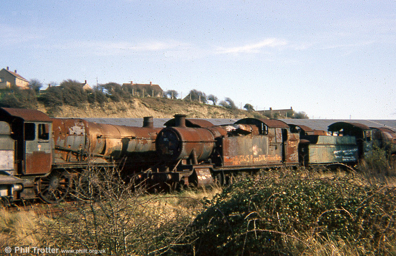 GWR 2-8-0T no. 5224 and an unidentified 'Castle'. 5224's is another story with a happy ending; the loco is fully restored and has put in guest appearances at several heritage lines around the UK.