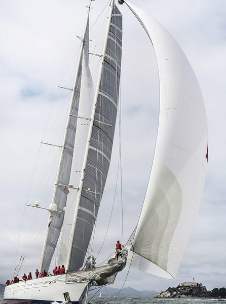 d/l of Superyacht race - part of the America's Cup series.  10/2013
