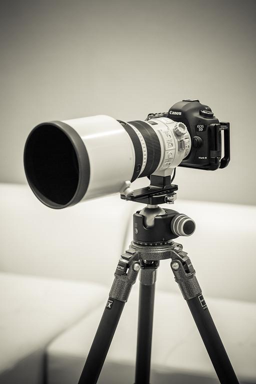 IMAGE: http://www.joonrhee.com/Misc/Canon-EF-85mm-f12L-II/i-g5Nj6mn/0/XL/614A0049-L.jpg
