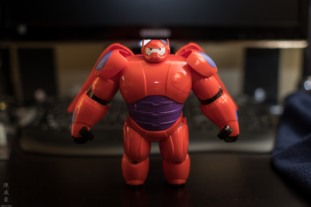 IMAGE: https://photos.smugmug.com/Misc/Collectibles/Baymax/i-kRNbmLC/0/XL/20160810-Canon%20EOS-1D%20X%20Mark%20II-1DX23728-XL.jpg