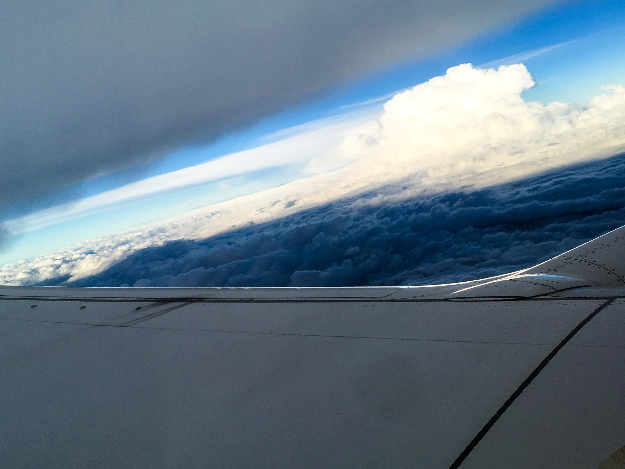 getting over my fear of flying means ignoring clouds