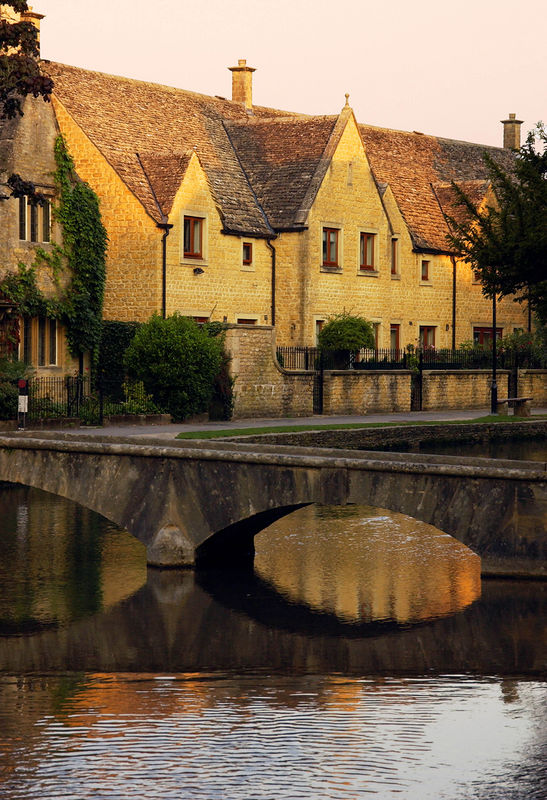 Bourton on the water, Cotswolds England